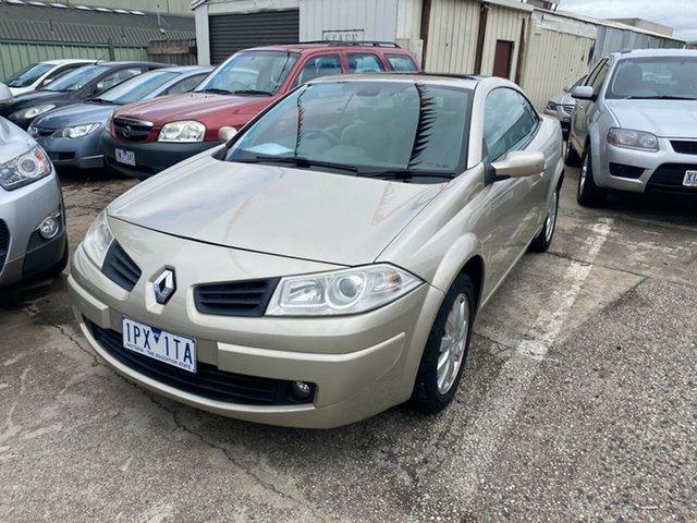 Used Renault Megane X84 MY06 Upgrade Dynamique Hoppers Crossing, 2007 Renault Megane X84 MY06 Upgrade Dynamique Gold 4 Speed Automatic Cabriolet