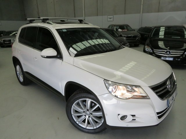 Used Volkswagen Tiguan 5N MY11 147TSI DSG 4MOTION Seaford, 2011 Volkswagen Tiguan 5N MY11 147TSI DSG 4MOTION White 7 Speed Sports Automatic Dual Clutch Wagon