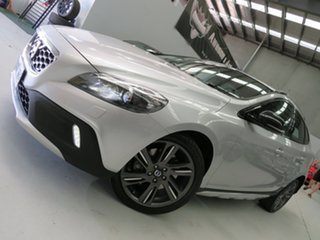 2015 Volvo V40 Cross Country M Series MY15 D4 Adap Geartronic Luxury Silver 8 Speed Sports Automatic