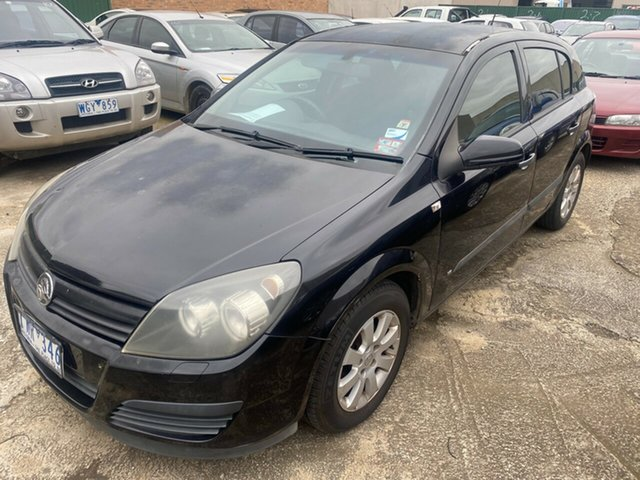Used Holden Astra AH CD Hoppers Crossing, 2005 Holden Astra AH CD Black 4 Speed Automatic Hatchback