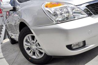 2012 Kia Grand Carnival VQ MY12 SI Silver 6 Speed Automatic Wagon.