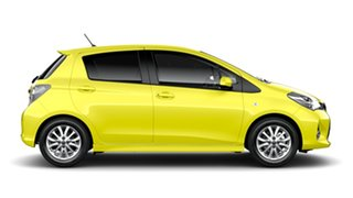 2014 Toyota Yaris NCP131R MY15 ZR Vivid Yellow 4 Speed Automatic Hatchback.