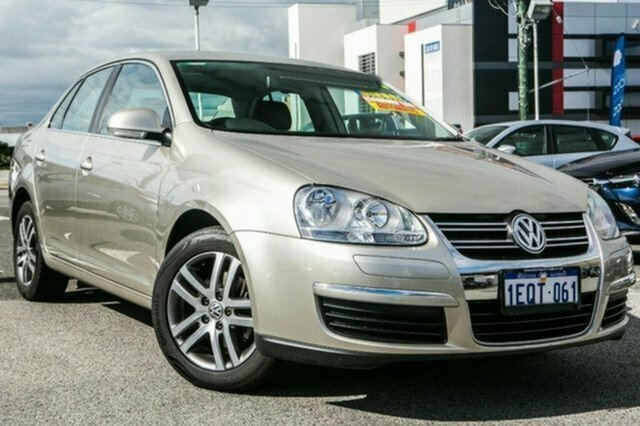 Used Volkswagen Jetta 1KM MY08 TDI DSG, 2007 Volkswagen Jetta 1KM MY08 TDI DSG Beige 6 Speed Sports Automatic Dual Clutch Sedan