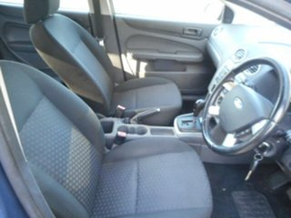 2006 Ford Focus LS LX 4 Speed Automatic Hatchback.