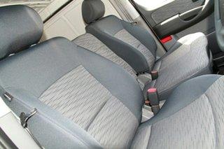 2017 Hyundai iLOAD TQ3-V Series II MY18 Creamy White 6 Speed Manual Van