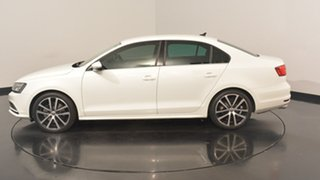 2016 Volkswagen Jetta 1B MY16 155TSI DSG Highline Sport Pure White 6 Speed.