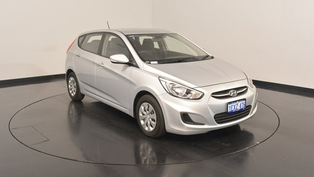Used Hyundai Accent RB3 MY16 Active, 2015 Hyundai Accent RB3 MY16 Active Sleek Silver 6 Speed Constant Variable Hatchback