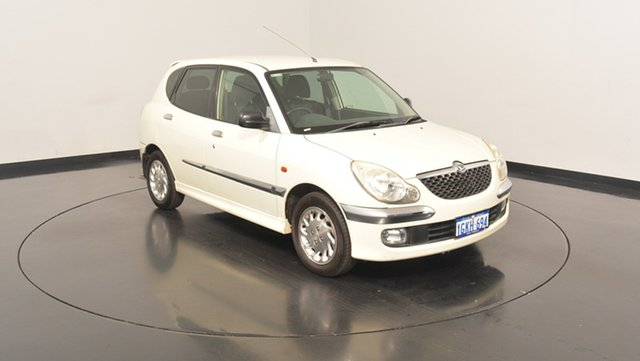Used Daihatsu Sirion M101RS GTVi, 2003 Daihatsu Sirion M101RS GTVi White 5 Speed Manual Hatchback