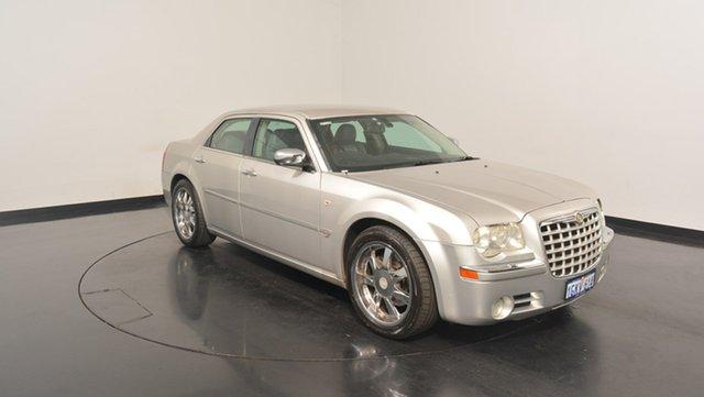 Used Chrysler 300C MY2006 , 2005 Chrysler 300C MY2006 White 5 Speed Sports Automatic Sedan