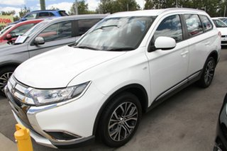2017 Mitsubishi Outlander ZL MY18.5 ES 7 Seat (2WD) White Continuous Variable Wagon.