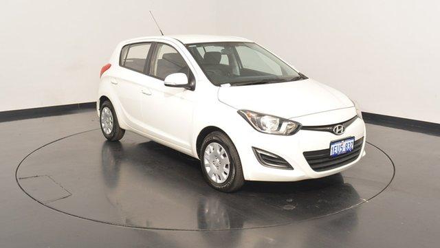 Used Hyundai i20 PB MY15 Active, 2015 Hyundai i20 PB MY15 Active Polar White 6 Speed Manual Hatchback