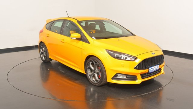 Used Ford Focus LZ ST, 2017 Ford Focus LZ ST Tangerine Scream 6 Speed Manual Hatchback