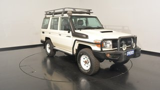 2013 Toyota Landcruiser VDJ76R MY13 Workmate White 5 Speed Manual Wagon.
