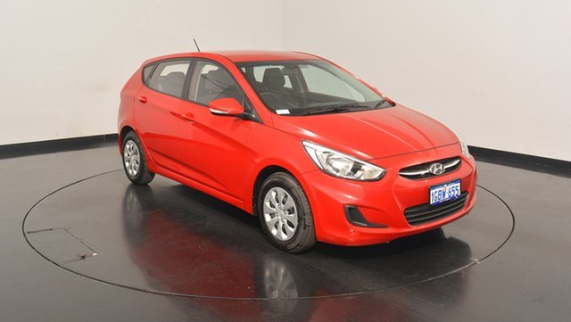 Used Hyundai Accent RB4 MY17 Active, 2016 Hyundai Accent RB4 MY17 Active Veloster Red 6 Speed Manual Hatchback