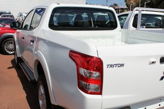 2017 Mitsubishi Triton MQ MY18 GLX+ Double Cab White 5 Speed Sports Automatic Utility.