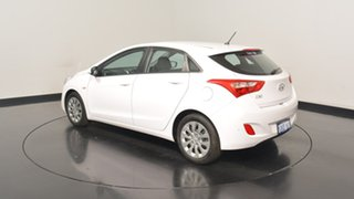 2015 Hyundai i30 GD3 Series II MY16 Active Cream 6 Speed Sports Automatic Hatchback.