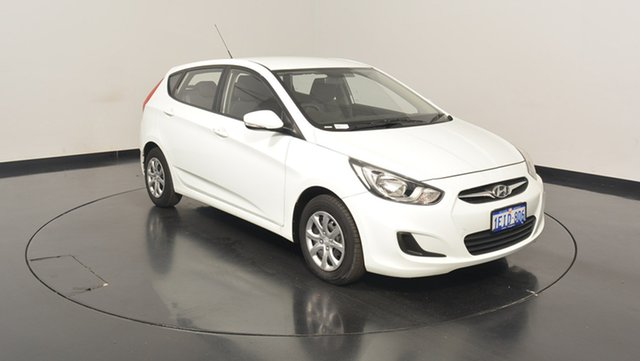 Used Hyundai Accent RB2 Active, 2013 Hyundai Accent RB2 Active Crystal White 6 Speed Manual Hatchback