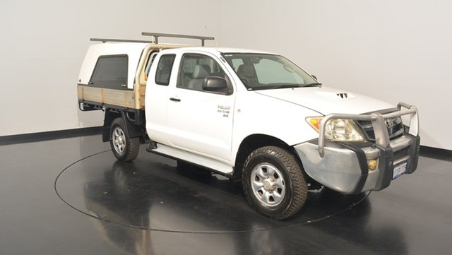 Used Toyota Hilux KUN26R MY08 SR Xtra Cab, 2007 Toyota Hilux KUN26R MY08 SR Xtra Cab White 5 Speed Manual Cab Chassis