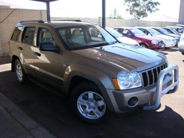 Used Jeep Grand Cherokee WH MY2006 Laredo, 2005 Jeep Grand Cherokee WH MY2006 Laredo Gold 5 Speed Automatic Wagon