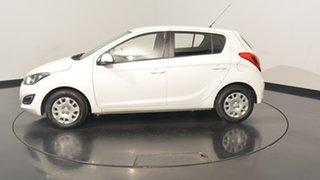 2015 Hyundai i20 PB MY15 Active Polar White 6 Speed Manual Hatchback.