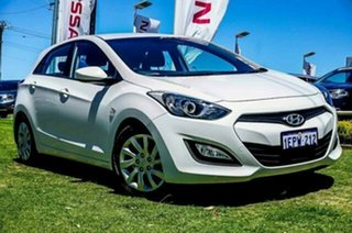 2012 Hyundai i30 GD Active White 6 Speed Sports Automatic Hatchback.