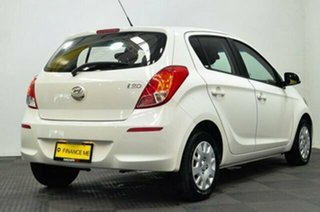 2012 Hyundai i20 PB MY12 Active White 4 Speed Automatic Hatchback