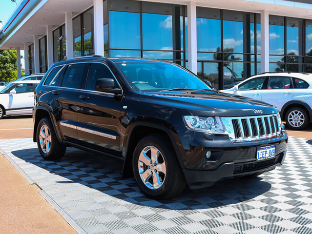 Used Jeep Grand Cherokee WK MY2013 Laredo, 2013 Jeep Grand Cherokee WK MY2013 Laredo Black/Grey 5 Speed Sports Automatic Wagon
