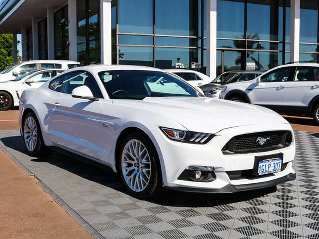 Used Ford Mustang FM GT Fastback SelectShift, 2016 Ford Mustang FM GT Fastback SelectShift White 6 Speed Sports Automatic Fastback