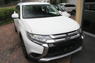 2018 Mitsubishi Outlander ZL MY18.5 ES AWD White Automatic Wagon.