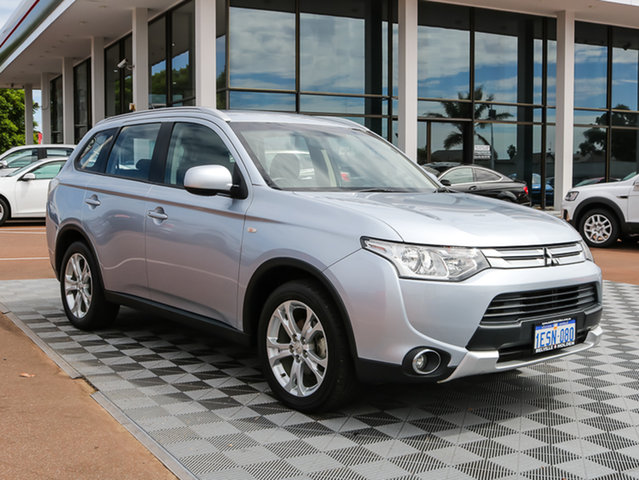 Used Mitsubishi Outlander ZJ MY14.5 ES 4WD, 2015 Mitsubishi Outlander ZJ MY14.5 ES 4WD Silver 6 Speed Constant Variable Wagon