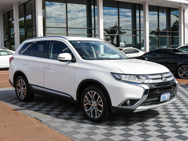 Used Mitsubishi Outlander ZK MY16 LS 4WD, 2015 Mitsubishi Outlander ZK MY16 LS 4WD White 6 Speed Constant Variable Wagon