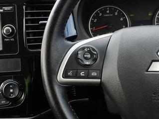 2015 Mitsubishi Outlander ZJ MY14.5 ES 4WD White 6 Speed Constant Variable Wagon