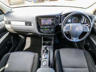 2015 Mitsubishi Outlander ZJ MY14.5 ES 4WD Silver 6 Speed Constant Variable Wagon