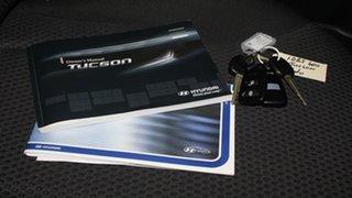 2009 Hyundai Tucson JM MY09 City SX Ebony Black 5 Speed Manual Wagon