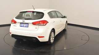 2014 Kia Cerato YD MY14 SI Clear White 6 Speed Sports Automatic Hatchback