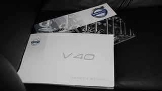 2014 Volvo V40 M Series MY15 D4 Adap Geartronic Luxury White 8 Speed Sports Automatic Hatchback
