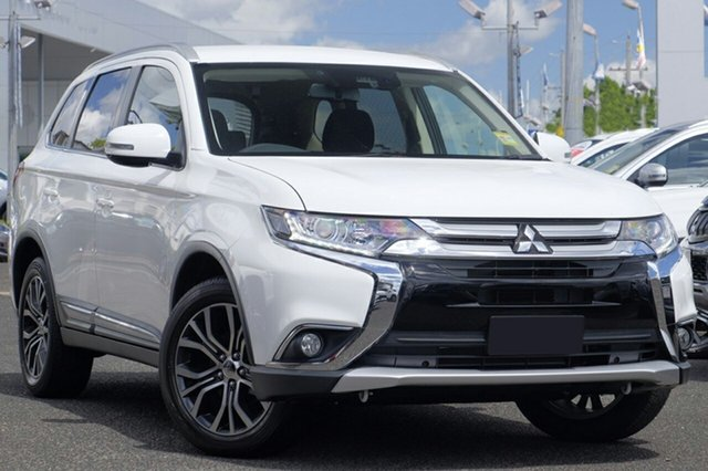 New Mitsubishi Outlander ZL MY18.5 LS 7 Seat (2WD), 2017 Mitsubishi Outlander ZL MY18.5 LS 7 Seat (2WD) White Continuous Variable Wagon