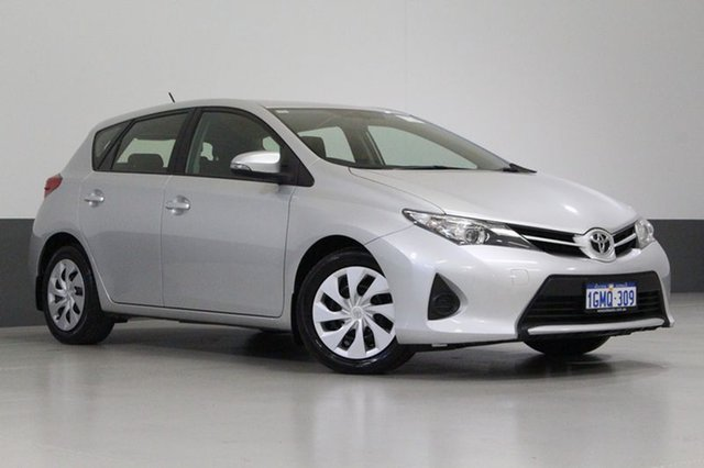 Used Toyota Corolla ZRE182R Ascent, 2014 Toyota Corolla ZRE182R Ascent Silver 7 Speed CVT Auto Sequential Hatchback