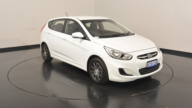 Used Hyundai Accent RB3 MY16 Active, 2016 Hyundai Accent RB3 MY16 Active Crystal White 6 Speed Constant Variable Hatchback