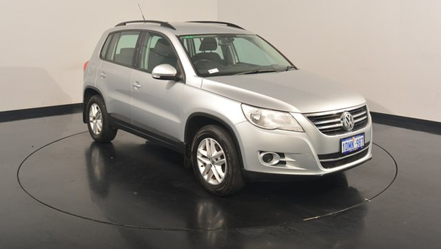 Used Volkswagen Tiguan 5N MY10 103TDI 4MOTION, 2010 Volkswagen Tiguan 5N MY10 103TDI 4MOTION Reflex Silver 6 Speed Manual Wagon