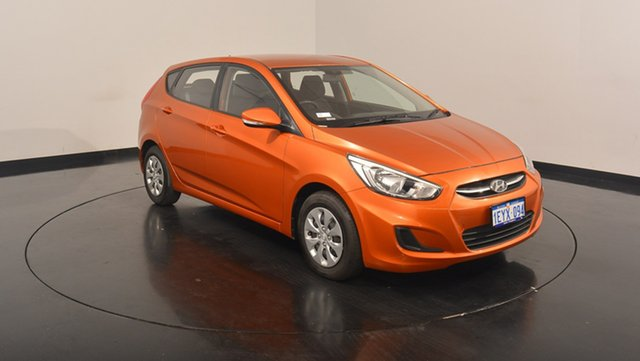 Used Hyundai Accent RB3 MY16 Active, 2016 Hyundai Accent RB3 MY16 Active Orange 6 Speed Constant Variable Hatchback