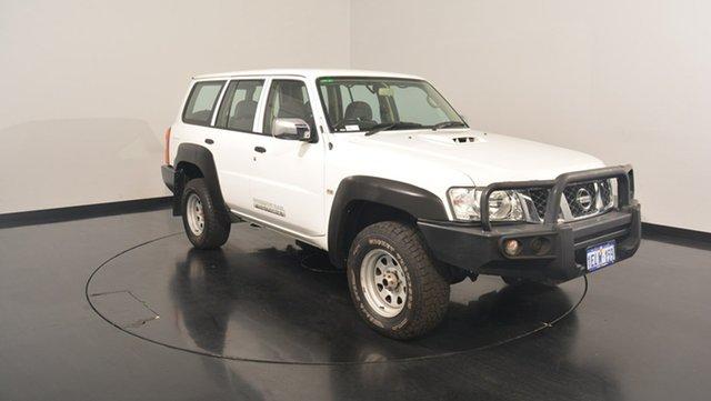 Used Nissan Patrol Y61 GU 9 DX, 2013 Nissan Patrol Y61 GU 9 DX White 5 Speed Manual Wagon