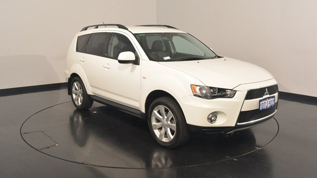 Used Mitsubishi Outlander ZH MY12 30th Anniversary 2WD, 2011 Mitsubishi Outlander ZH MY12 30th Anniversary 2WD White 6 Speed Constant Variable Wagon