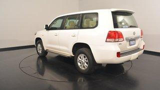 2010 Toyota Landcruiser UZJ200R MY10 GXL White 5 Speed Sports Automatic Wagon.