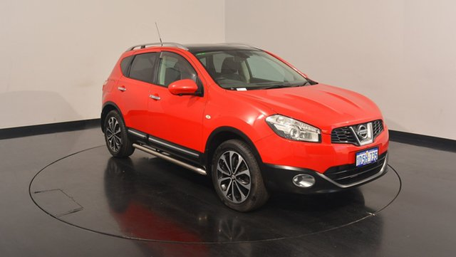 Used Nissan Dualis J10W Series 3 MY12 Ti-L Hatch X-tronic 2WD, 2013 Nissan Dualis J10W Series 3 MY12 Ti-L Hatch X-tronic 2WD Red 6 Speed Constant Variable