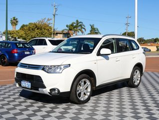 2015 Mitsubishi Outlander ZJ MY14.5 ES 4WD White 6 Speed Constant Variable Wagon.