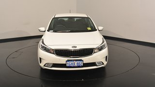 2017 Kia Cerato YD MY18 S Clear White 6 Speed Sports Automatic Hatchback