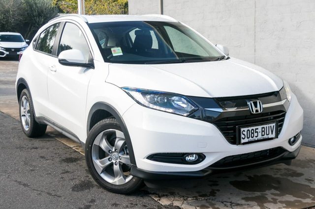 Demo Honda HR-V MY16 VTi-S, 2017 Honda HR-V MY16 VTi-S Taffeta White 1 Speed Constant Variable Hatchback