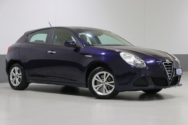 Used Alfa Romeo Giulietta  Progression 1.4, 2014 Alfa Romeo Giulietta Progression 1.4 Blue 6 Speed Auto Dual Clutch Hatchback