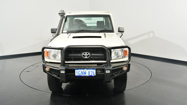 Used Toyota Landcruiser VDJ79R MY13 Workmate, 2013 Toyota Landcruiser VDJ79R MY13 Workmate White 5 Speed Manual Cab Chassis